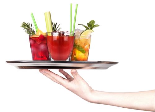 liquor serving age